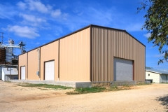Feed Retail Warehouse